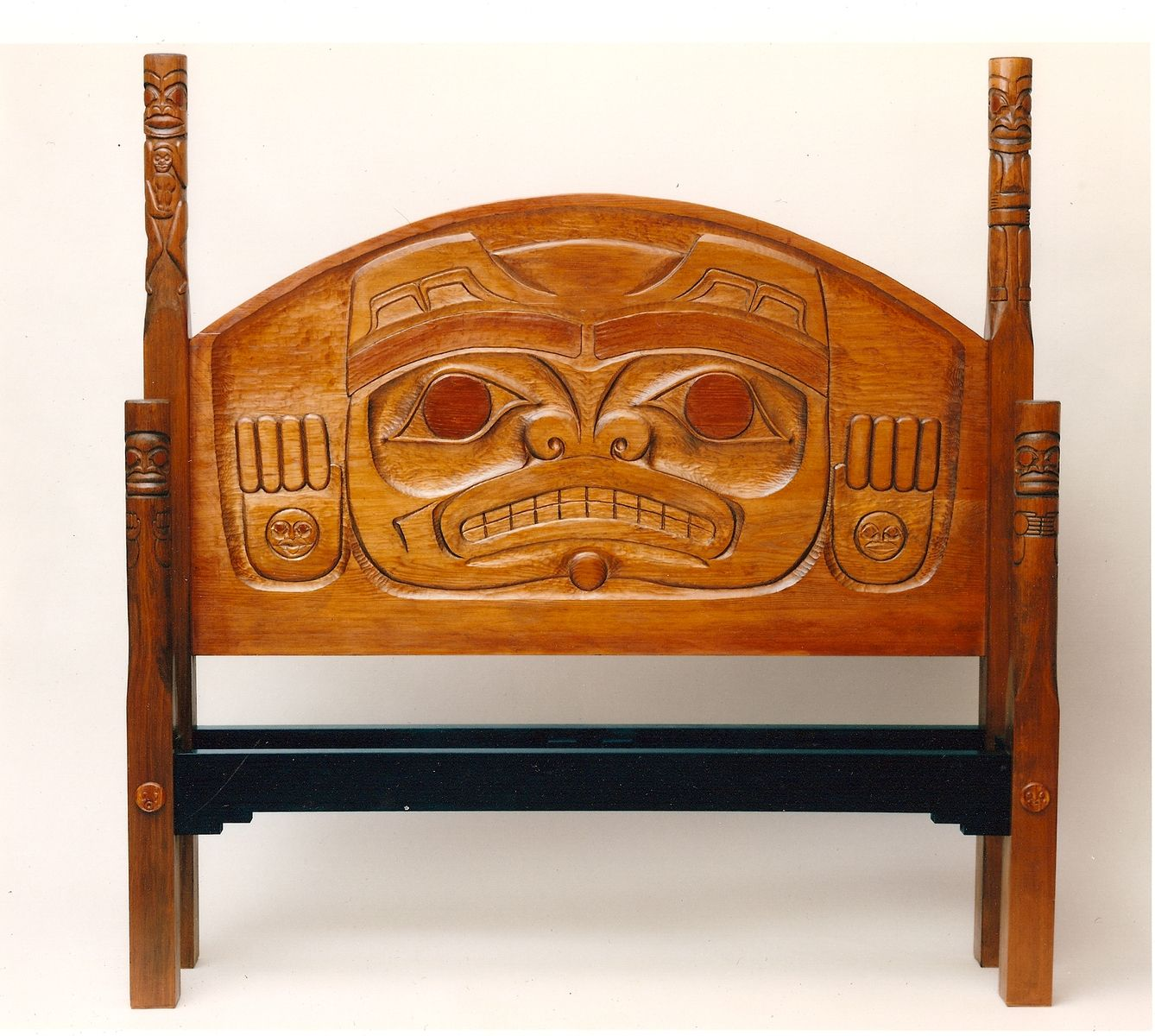 Custom made northwest native american carved beds by paula for Furniture northwest