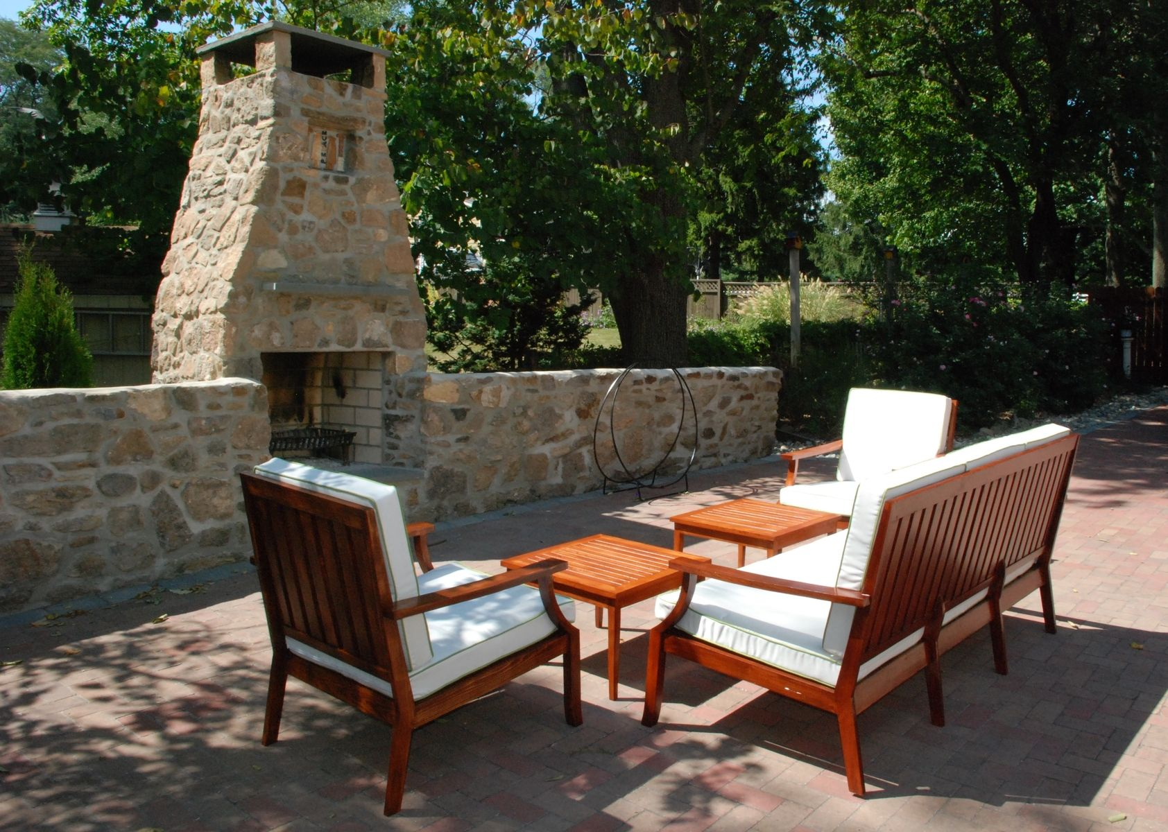 Hand made outdoor furniture by sheppards custom for Outdoor garden furniture