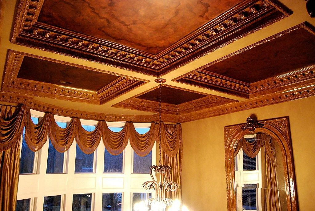 Hand Made Decorative Ornamental Plaster Crown Molding By