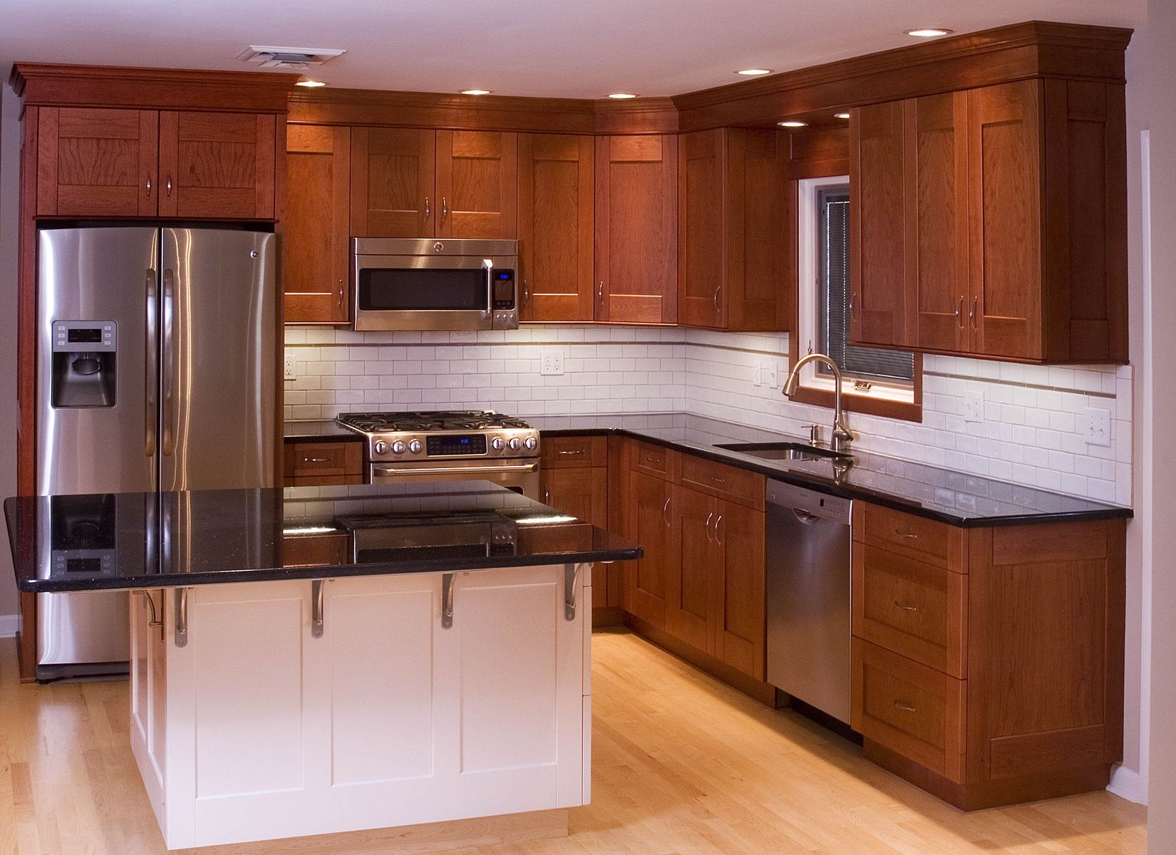 Hand made cherry kitchen cabinets by neal barrett for Model kitchens with white cabinets
