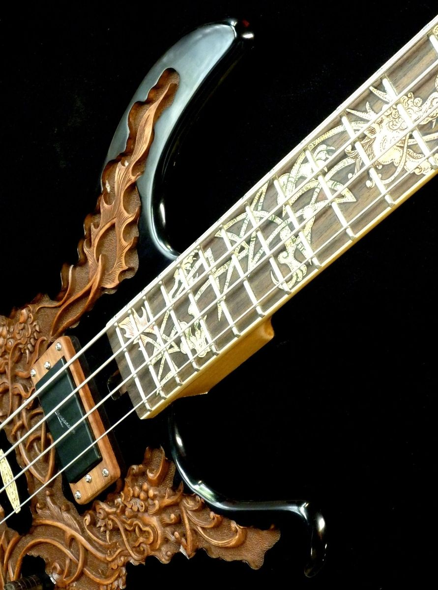 hand crafted blueberry fierro electric bass guitar by blueberry musical instruments inc. Black Bedroom Furniture Sets. Home Design Ideas
