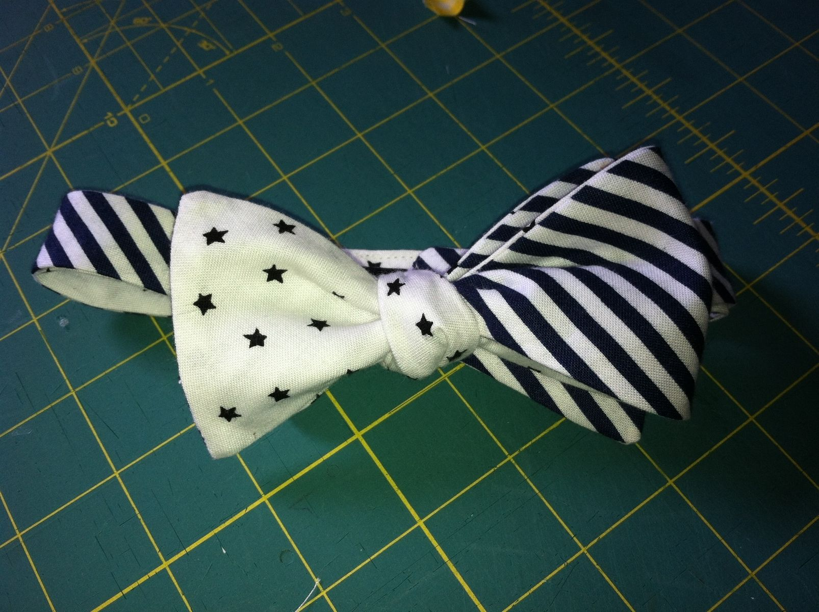 Hand Crafted American Flag Bow Tie By Niche Handbag