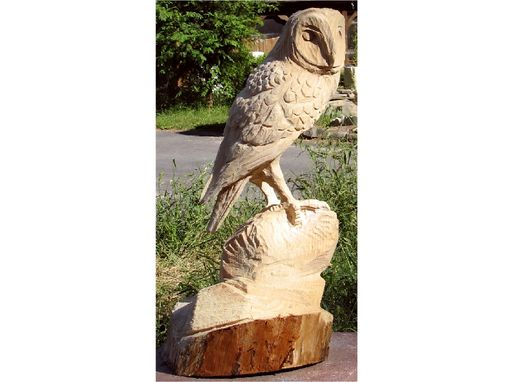 Custom Made Barnowl Chainsaw Sculpture