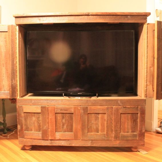 Custom rustic reclaimed pine tv cabinet by nicoll - Made com meuble tv ...
