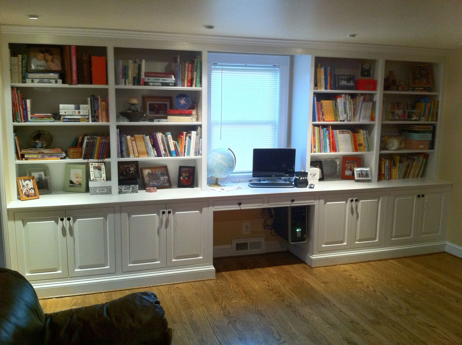 hand made built in bookcase by j s woodworking. Black Bedroom Furniture Sets. Home Design Ideas