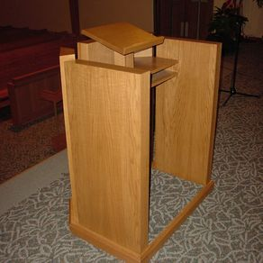 Custom Pulpits Lecterns And Podiums Custommade Com