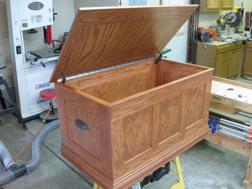 handmade oak toy chest by o 39 donnell woodcraft. Black Bedroom Furniture Sets. Home Design Ideas