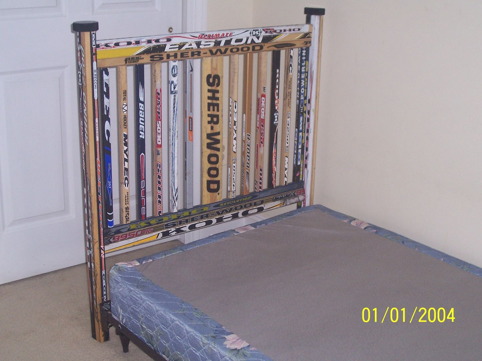 custom hockey headboard by hockey house furniture