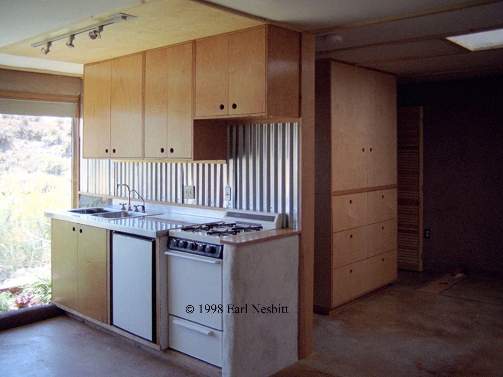 Custom kitchen cabinets plywood birch by earl nesbitt for Plywood cupboard