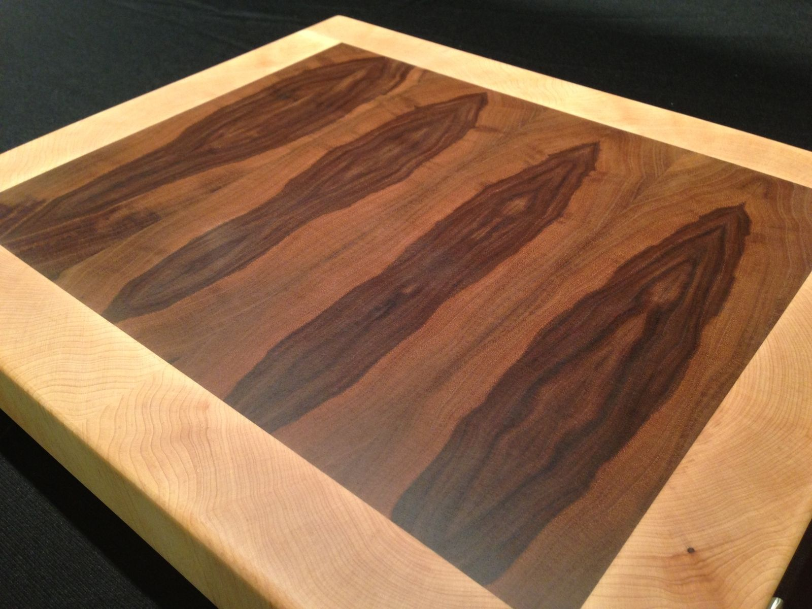 Custom end grain cutting boards by magnolia place for Cutting board designs