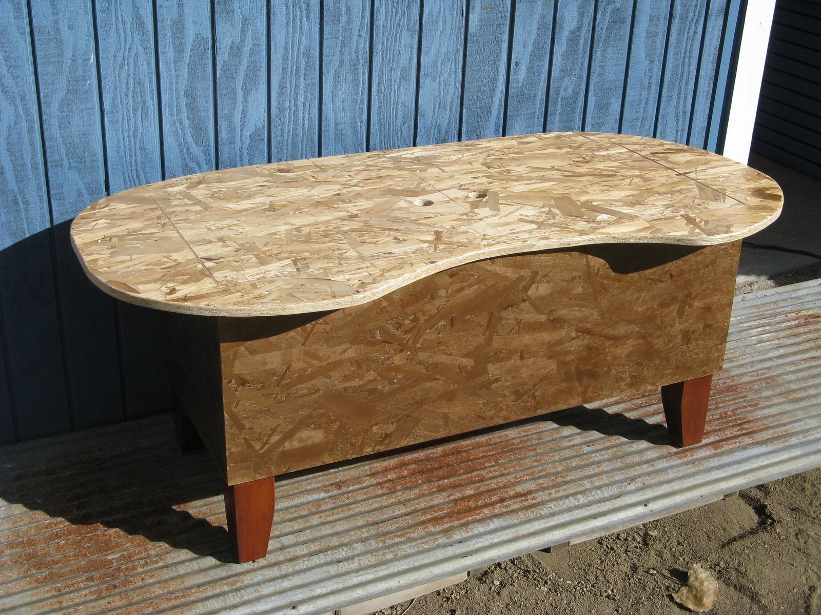 Hand Crafted Bathtub Kidney Bean Shaped Coffee Table By Modular Osb