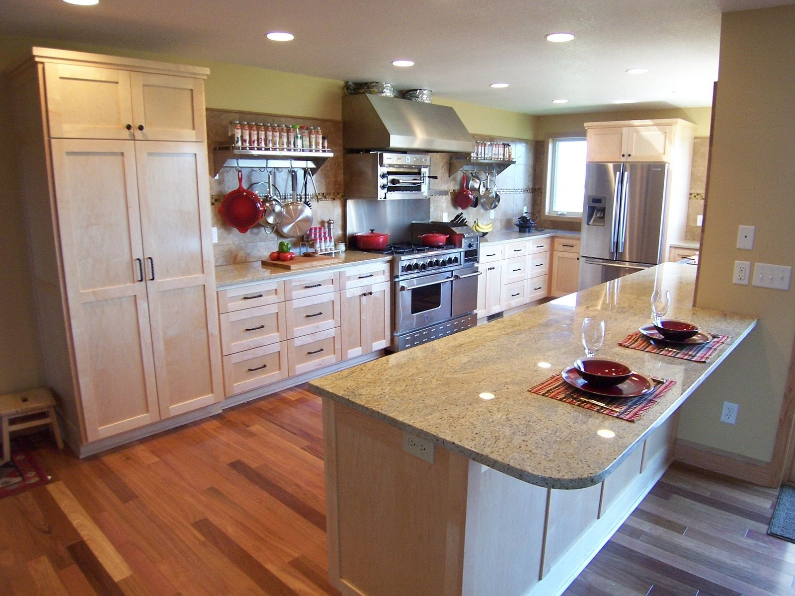 Hand Crafted A Chefs Dream Kitchen By Dynamic Woodworking