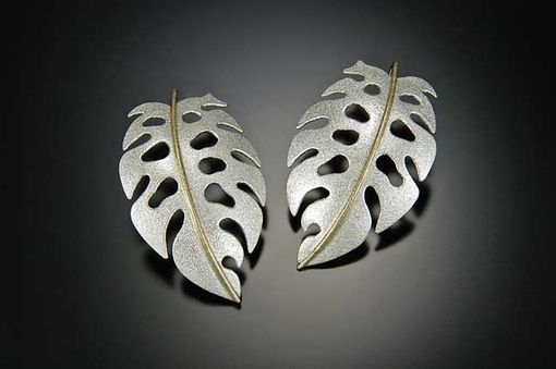 Hand Crafted Tropical Monstera Leaf Earrings In 14k/Silver
