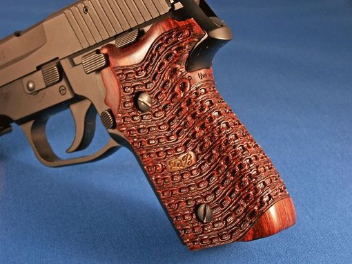 Custom Made Gunstocks & Pistol Grips Carving