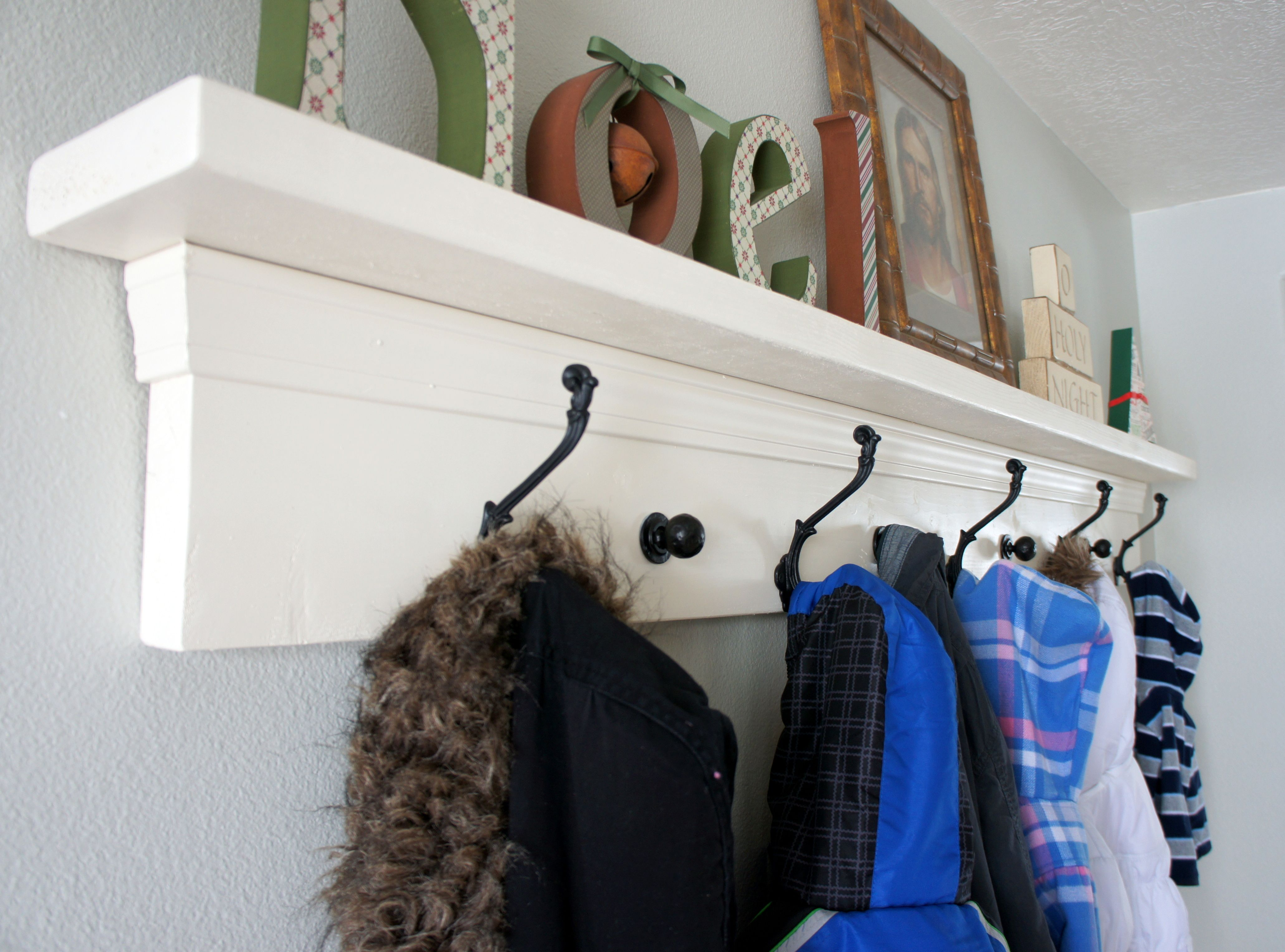 Apartment entryway extra seating: ways to squeeze a little extra ...