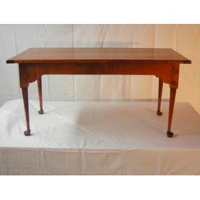 Custom made queen anne dressing table by cherry brook for Dressing a coffee table