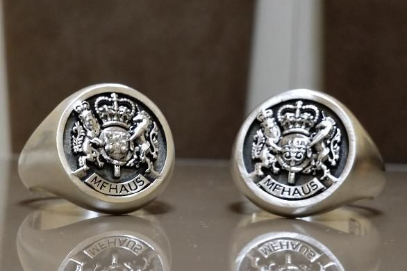 Custom Royal Crest Ring By 3dheraldry Custommade Com