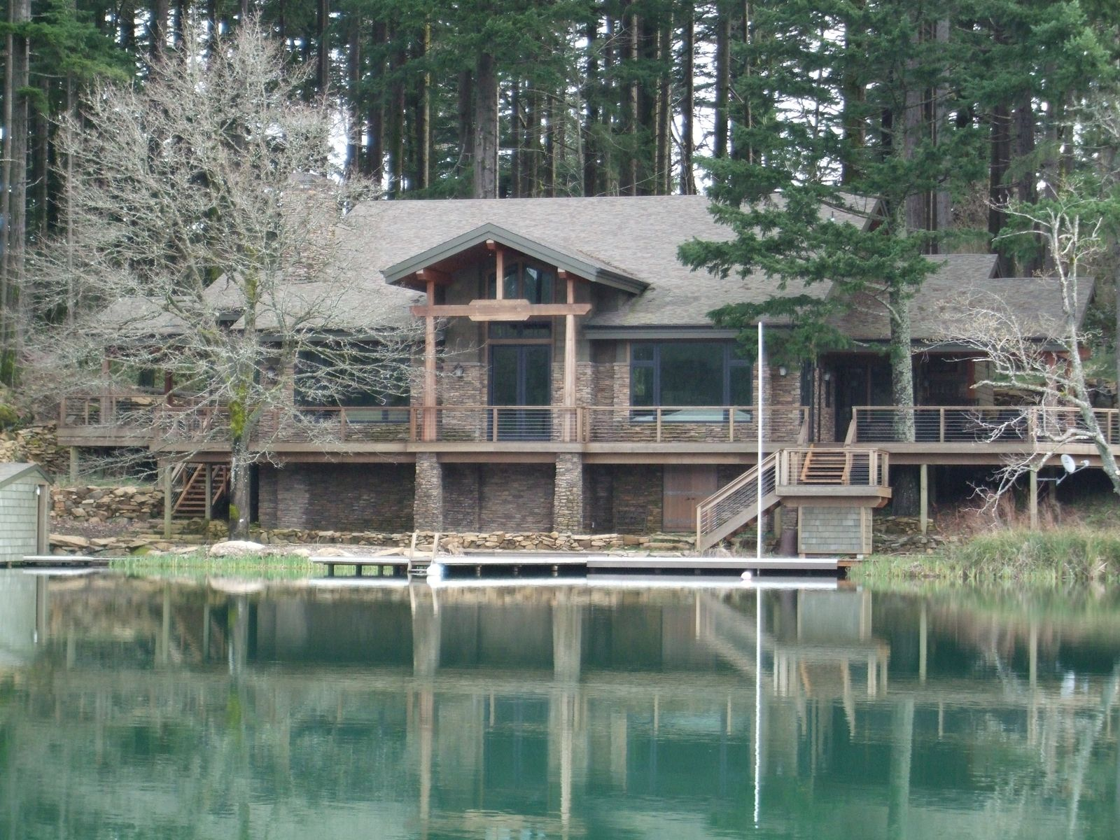 Custom Made Lake House By Wind River Builders Inc