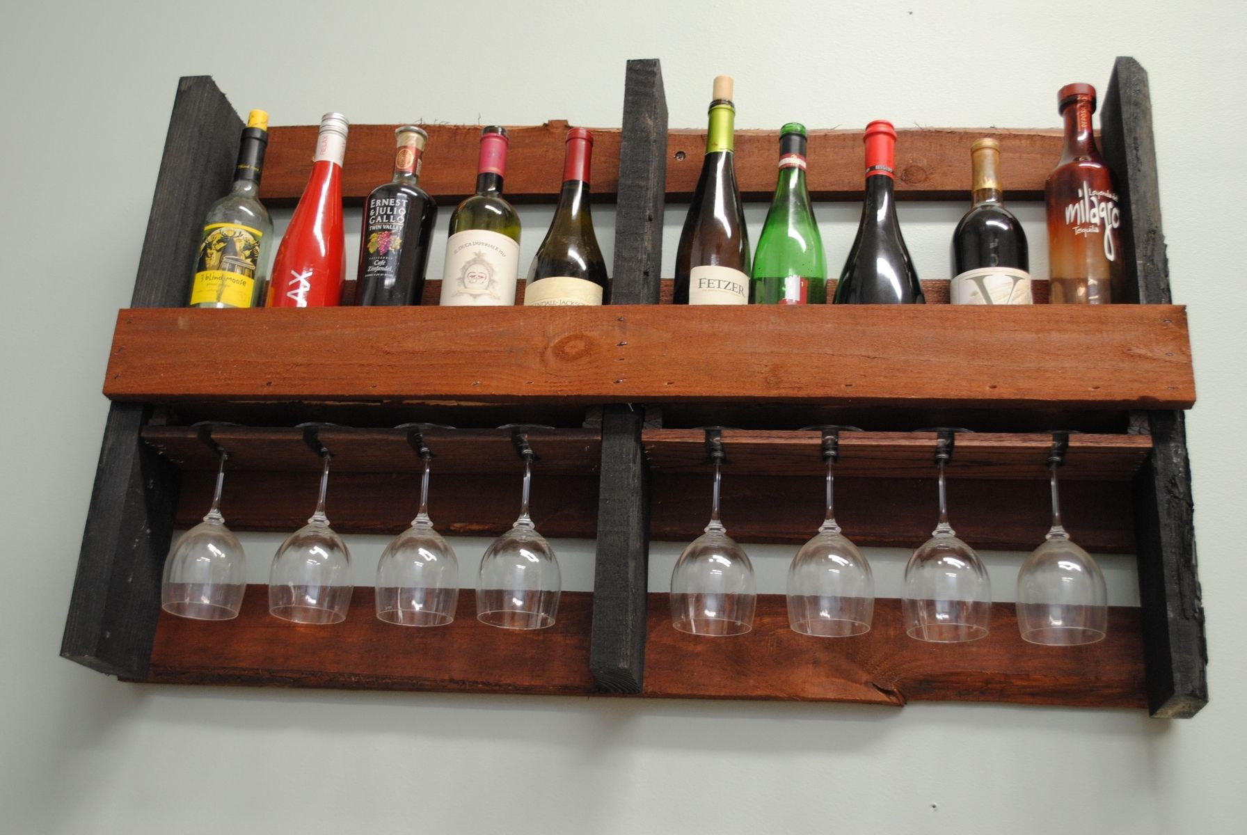 Classic Farmhouse Plans Hand Crafted Wall Mounted Pallet Wine Rack By Shigamasham