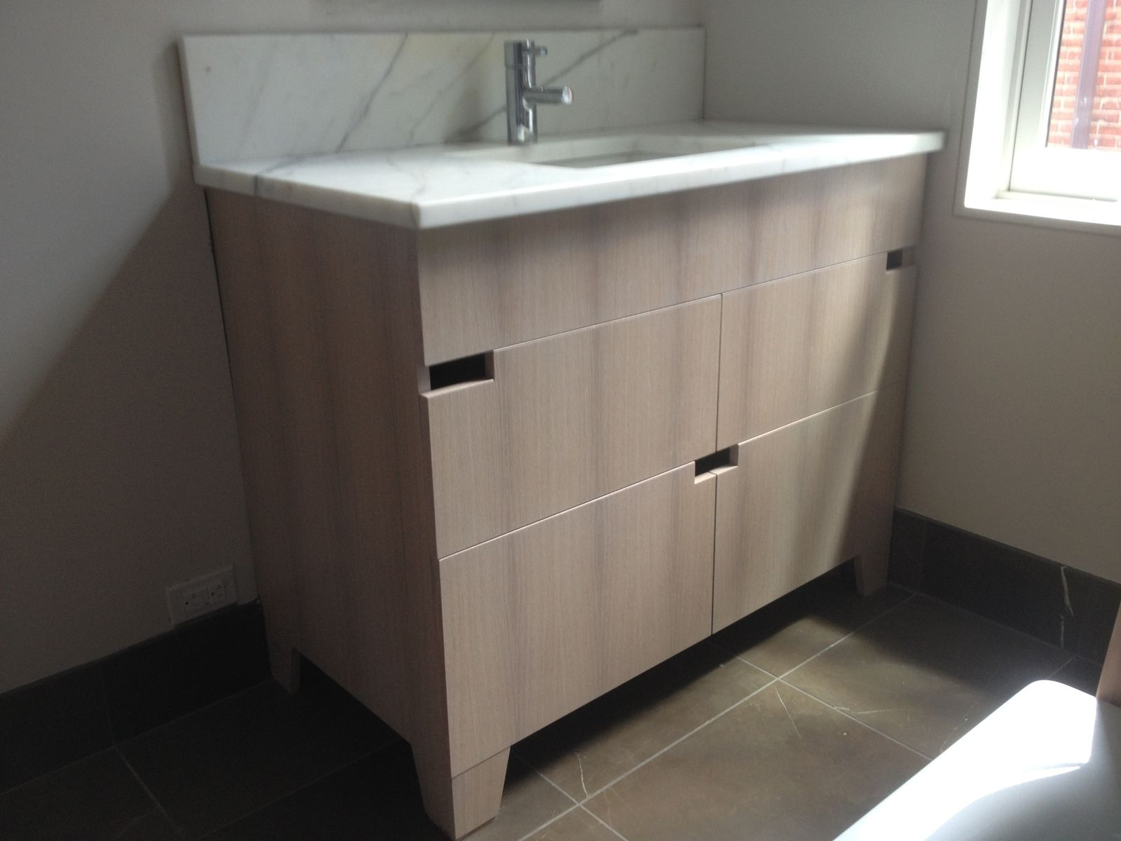 Hand made bathroom vanities by the philadelphia woodworking company for Bathroom vanities philadelphia