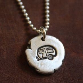 Custom pendants and personalized pendants for Hendrickson s fine jewelry
