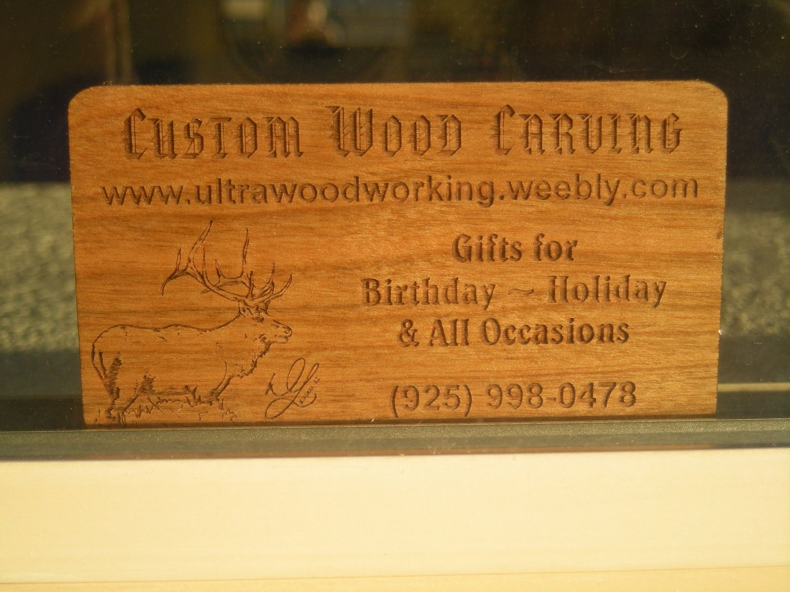 Custom made business cards by woodworking custommadecom for Woodwork business cards