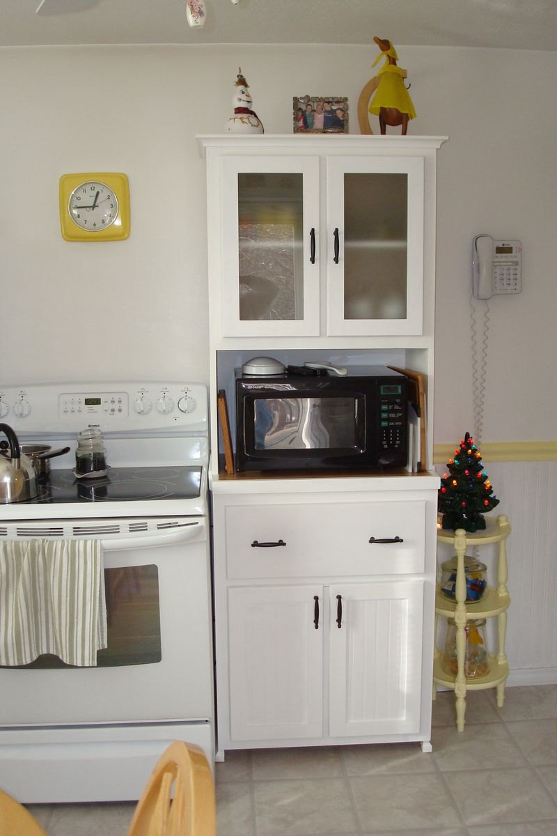 Handmade kitchen hutch by yes fine woodworking llc for Custom made kitchens