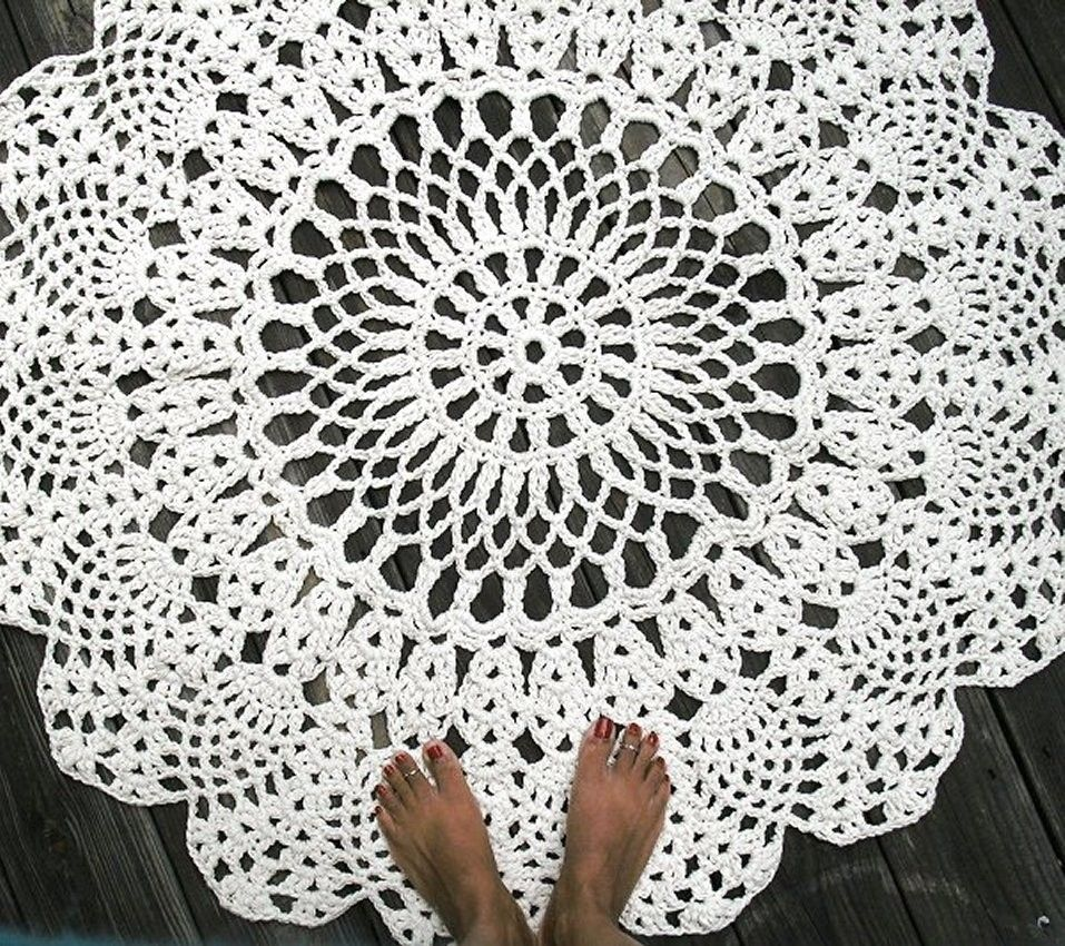 Crocheting Rugs : Custom Made Cotton Crochet Rug In Large 42 Circle Pineapple Lacy ...