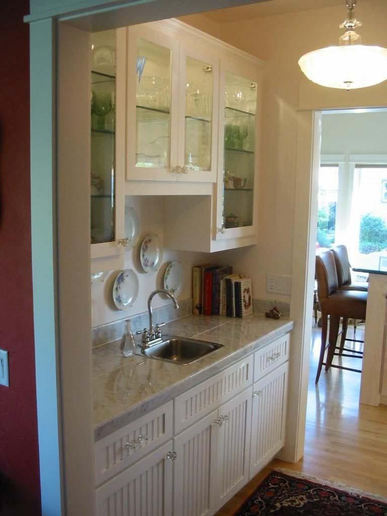Hand Made Painted Pantry Cabinets By Dee S Cabinetry