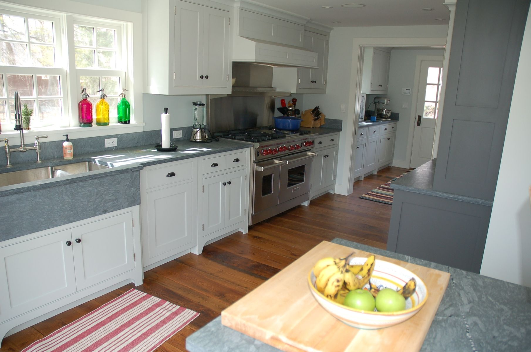 Nantucket kitchen hand made nantucket stlye kitchen by st for Nantucket style kitchen