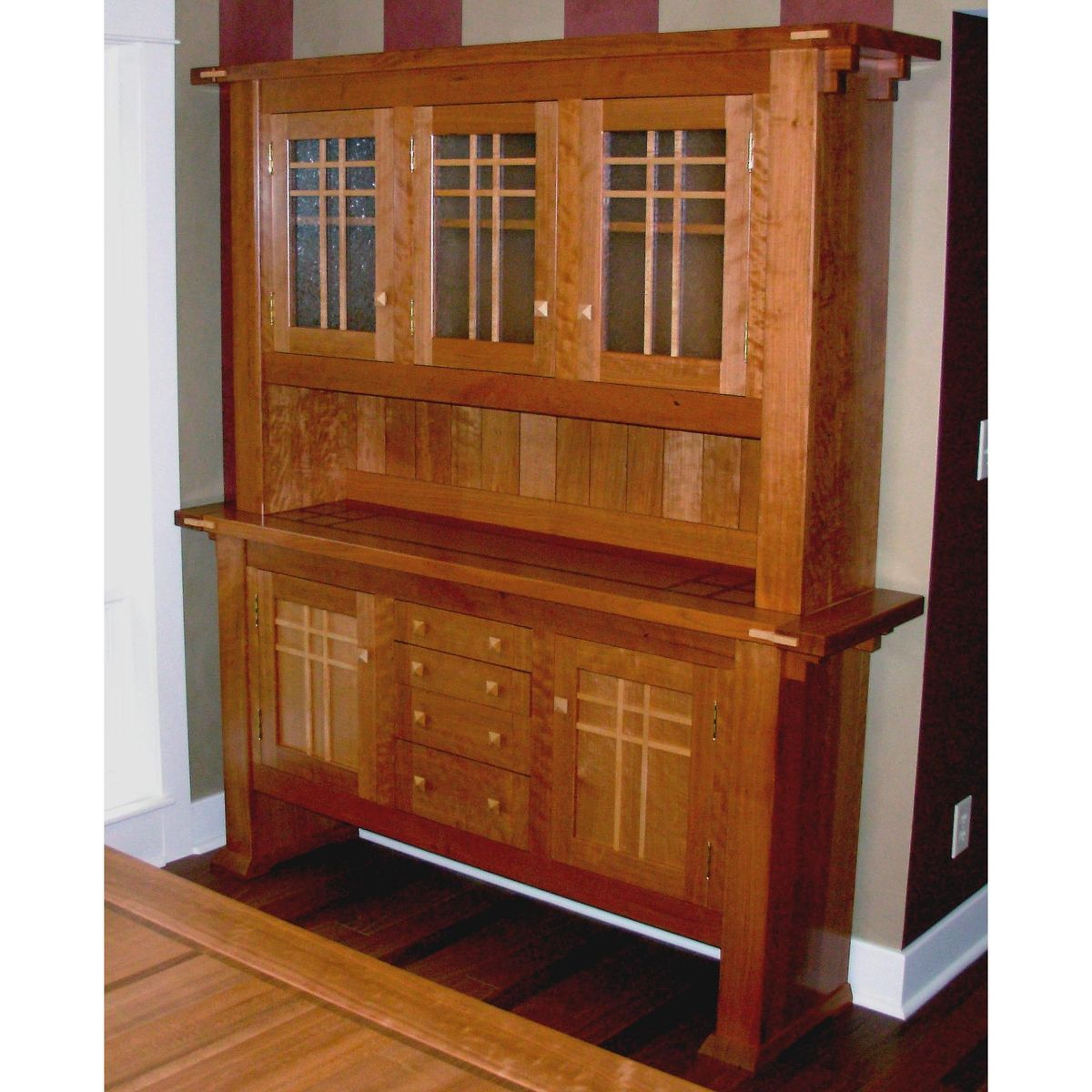 Hand made dining room hutch by mevans design for Sideboard 2 m lang