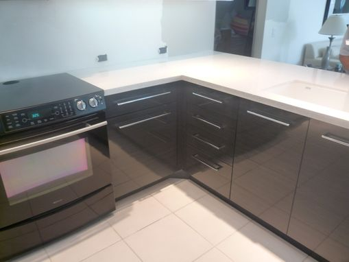 Custom Made Contemporary Acrylic High Gloss Kitchen