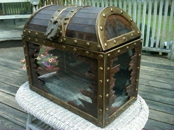 custom treasure chest fish tank by windmill studios
