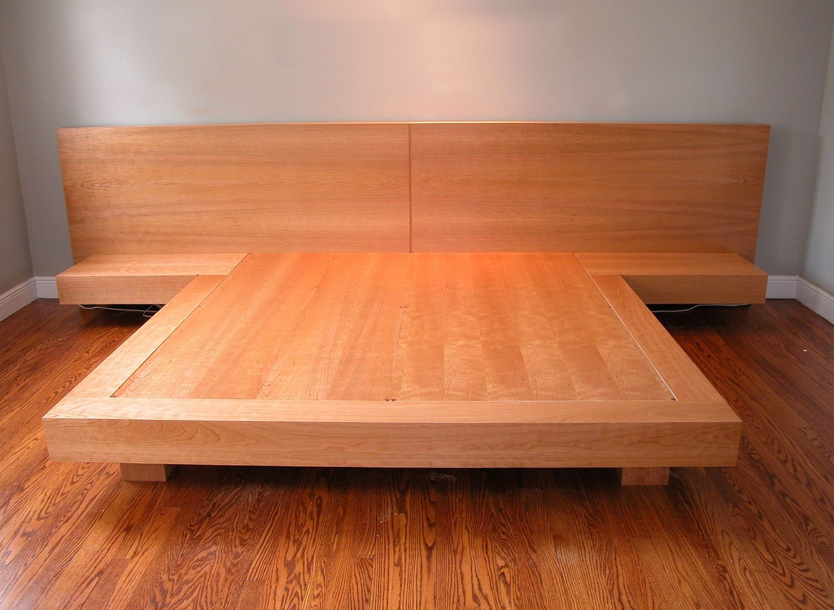 Custom King Size Platform Bed by Ezequiel Rotstain Design ...