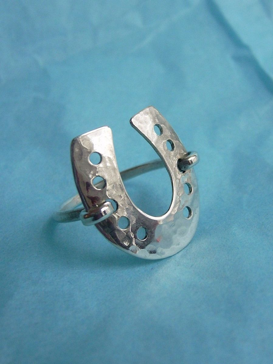 crafted 22 sterling silver horseshoe ring by