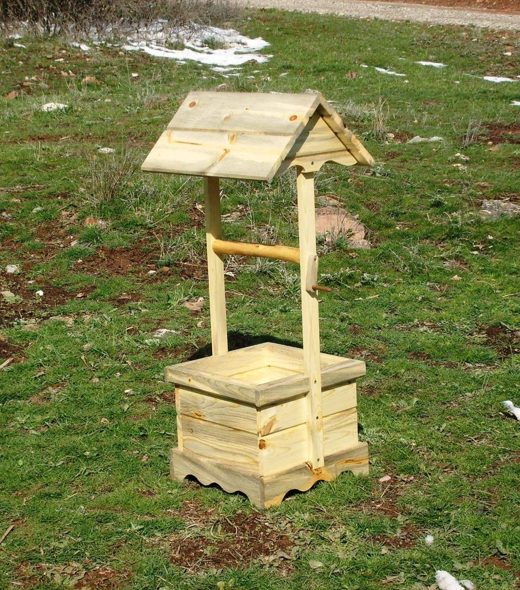 Custom wood wishing well flower planter by dan 39 s outback for Garden wishing well designs
