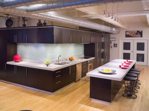 Custom Made Designer Kitchens Showroom