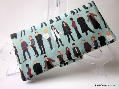 Custom Made Handmade Women Bifold Wallet Dr Who Friends People