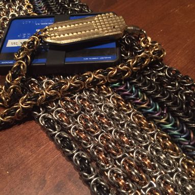 Custom Made Flagship- Wallet Chain