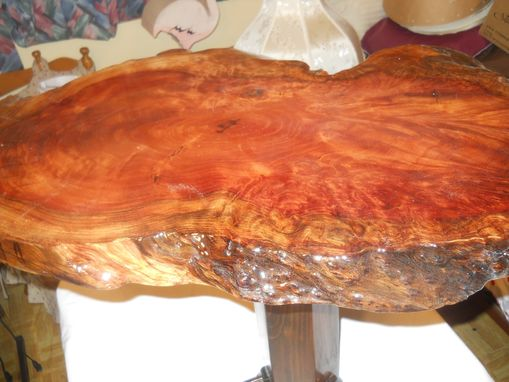 Custom Made Beautiful Cherry Wood Burl Accent Table!!