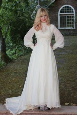 Custom Made Vintage 1960s 70s Wedding Dress In Silk Chiffon And Venise Lace
