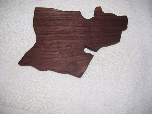 Custom Made State Of Hawaii Island Of Oahu Cutting Board Made From Walnut