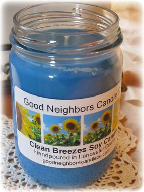 Custom Made Soy Candle, Clean Breezes, Blue, Fresh Scent, 12 Ounce Jar, Daisy Cut Lid
