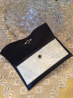 Custom Made Ladies Genuine Leather Wallet
