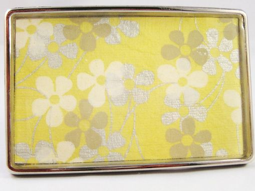 Custom Made Resin Belt Buckle With Buttered Flowers Design
