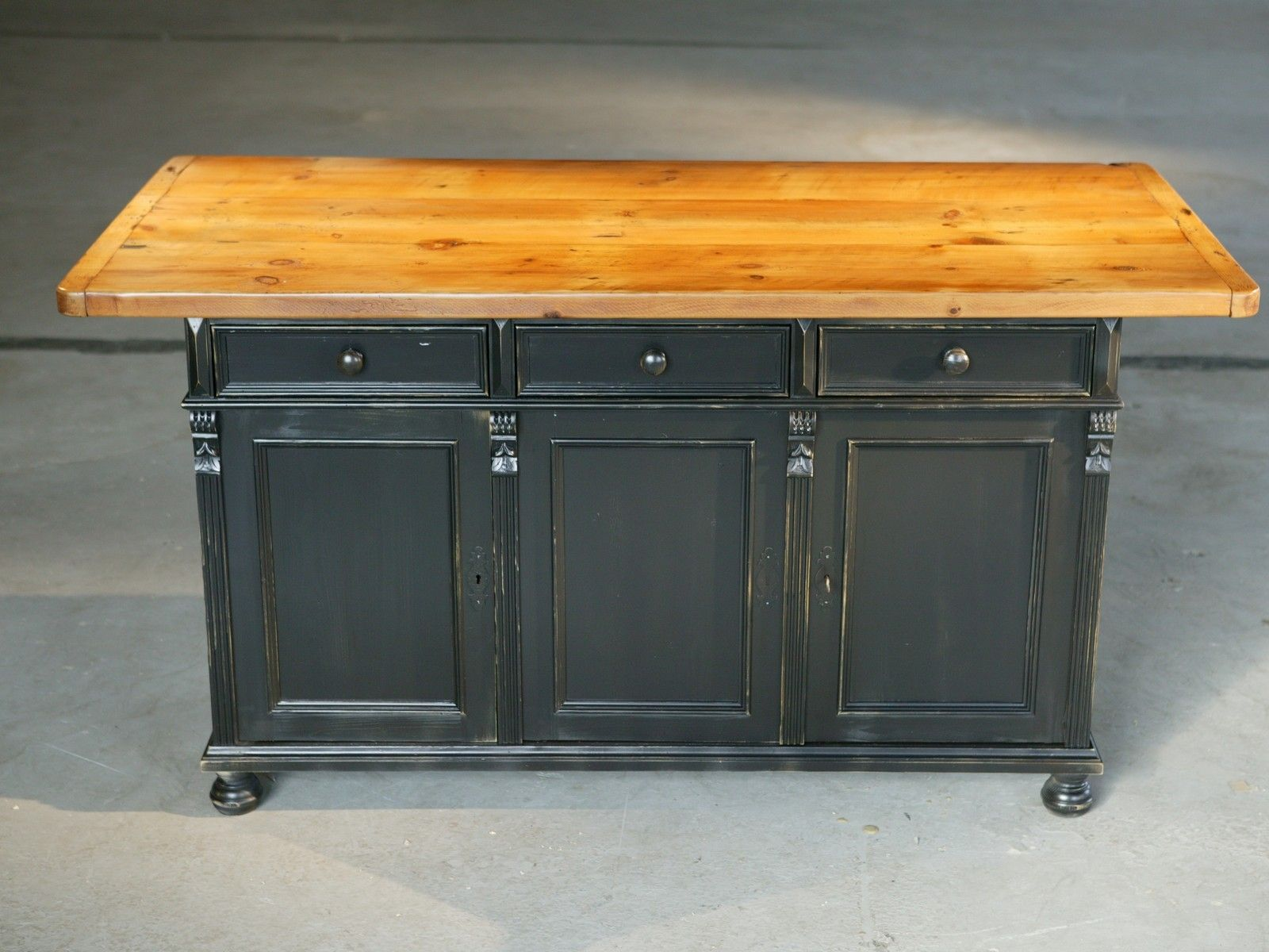Hand Made European Sideboard In Rich Black With 6ft Table Top In