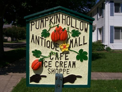 Custom Made Pumpkin Hollow Antiques Mall  Sign