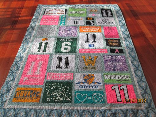 Custom Made Full Size / Xl Twin Size T Shirt/ Memory Quilt