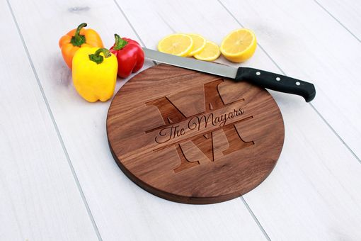 Custom Made Personalized Cutting Board, Engraved Cutting Board, Custom Wedding Gift – Cbr-Wal-Themayors