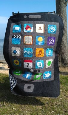 Custom Made Iquilt Smartphone